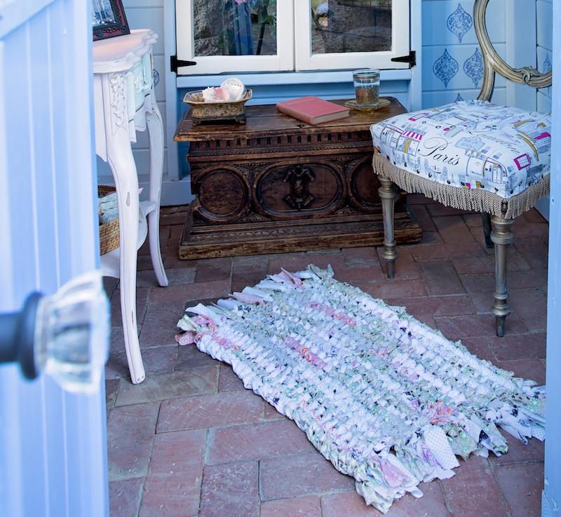 Rug Or Rag Meaning: DIY: A Cozy Rag Rug