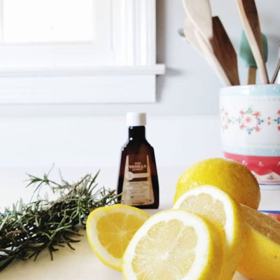 Simmer Pot Recipe for a Lemon-Scented House